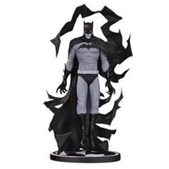 Batman: Black & White - Batman Statue By Becky Cloonan